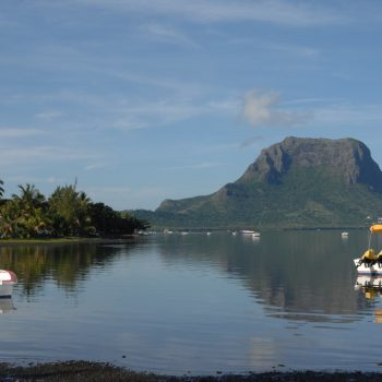 mauritius is a most go place, pictures-by takes you to the indian ocean