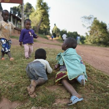 kids from uganda-pictures by albi-with nikon