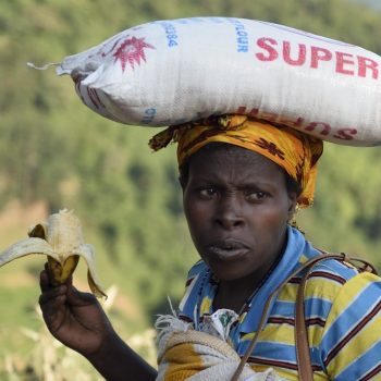 super: uganda on the road again-pictures by albi