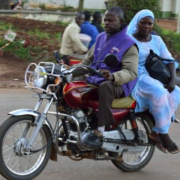 uganda on the road again-pictures by albi