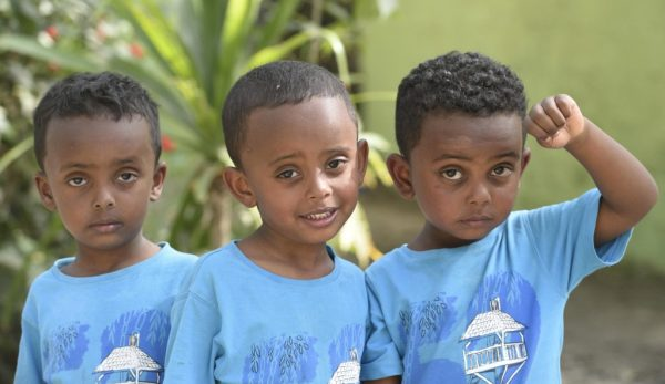 kids from ethiopia and the airbus a380- by albi