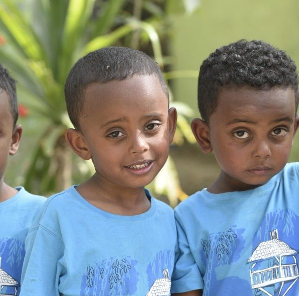 kids from ethiopia-triplets