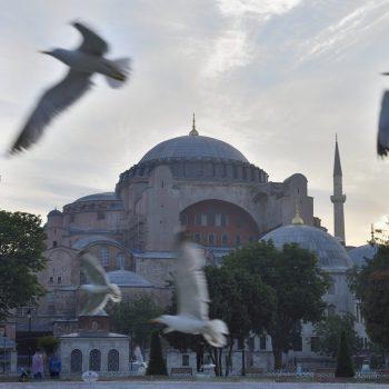 5 o'clock in istanbul