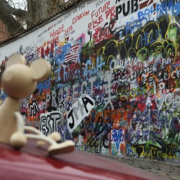 ooooooh the famouse lennon wall, since 1980