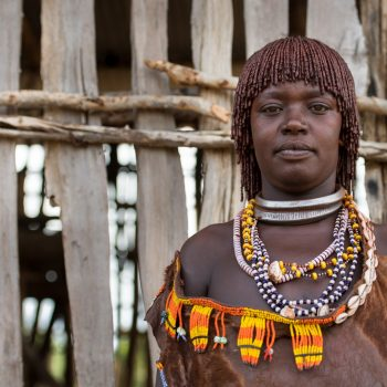beautiful ethiopian ladies, she is the boss !