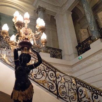 hotel sangri-la with leica q
