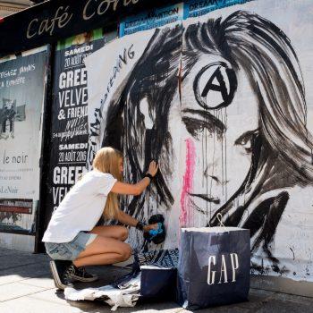 paris 6 rue de buci, konny, street art artist from berlin